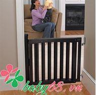 Picture of Cửa chặn an toàn khung gỗ